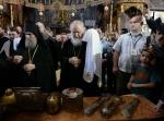 04-ss-patriarhul-kirill-marea-lavra (11)