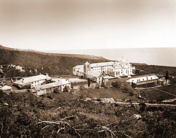 Schitul-romanesc-Prodromu-la-1890-Foto-Sfantul-Munte-Athos-wordpress-via-Ziaristi-Online