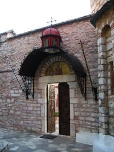 Schitul Sf. ana, via monastiriaka