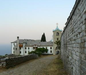 Intrarea în schitul românesc Prodromu